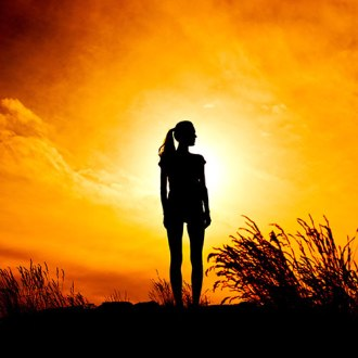 silhouette-woman-sunset-profile