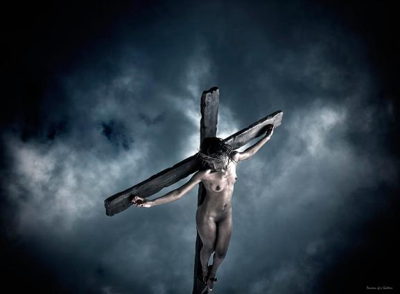 black-crucified-jesus-ramon-martinez