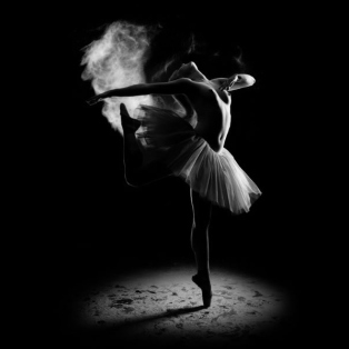 Beauty-black-and-white-dance-dancer-girl---imgflu.com-26262-4279