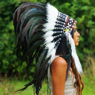 indian_headdress_-_small_rooster_-_black_3