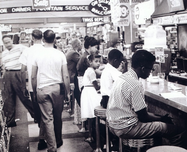 civil-rights-movement-lunch-counter-sit-in_104189